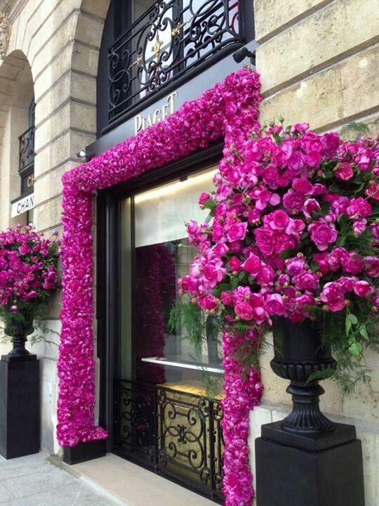 Jak wyróżnić witrynę kwiaciarni