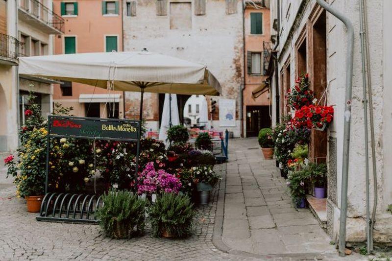 Jak otworzyć dobrze zarabiającą kwiaciarnię?